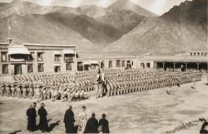 Drongdak regiment at Drapchi